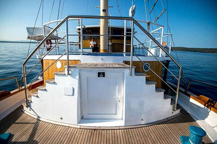 The newly-renovated superstructure has double steps up to the upper deck