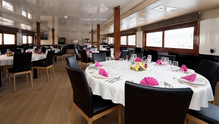 A enormous salon awaits you for breakfast, lunch and if you fancy an extra BBQ/dinner.
